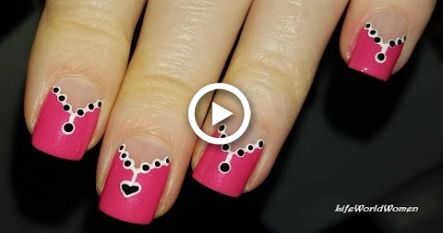 Pink Chevron Nail Art: Necklace VALENTINES DAY NAILS