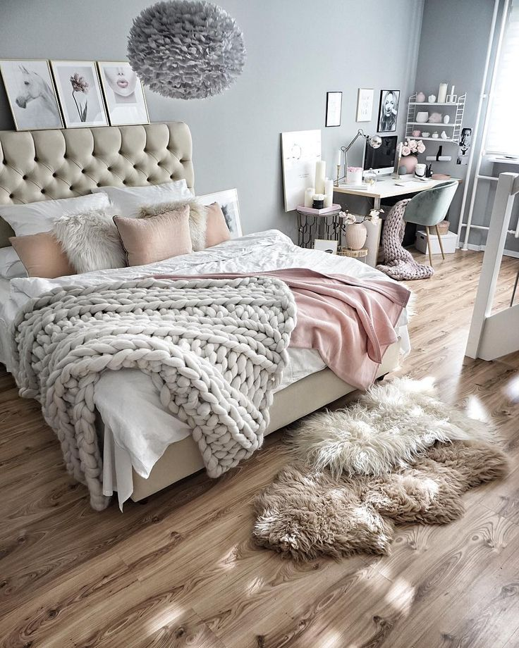 18 Cozy And Beautiful Beds You'll Want To Crawl Into Right Now