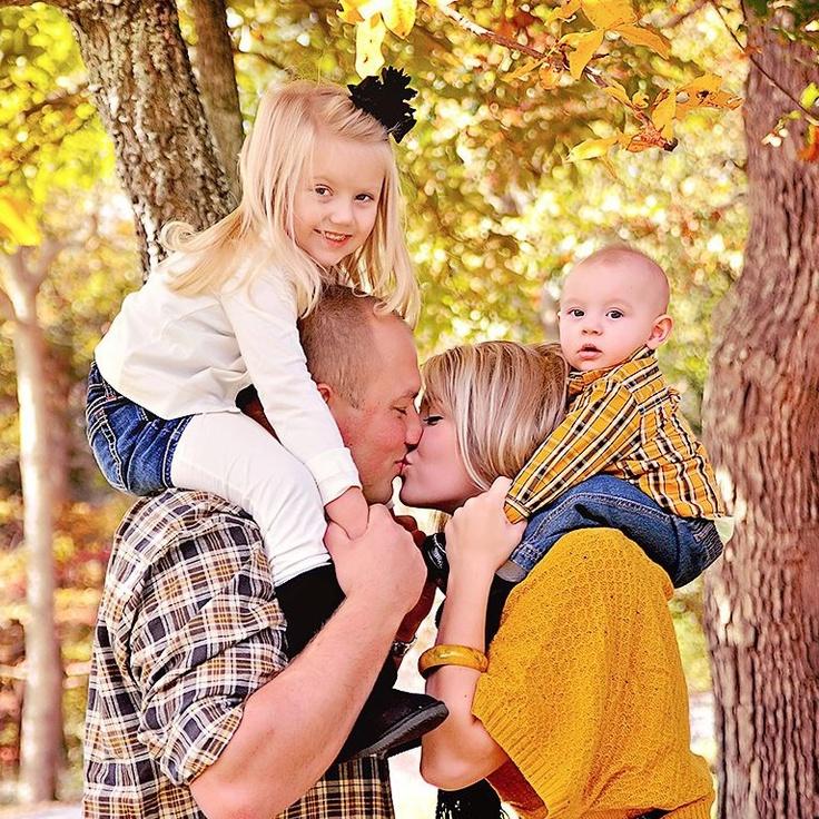 Adorable family portrait must have portrait photographyfamily portraitsfamilies