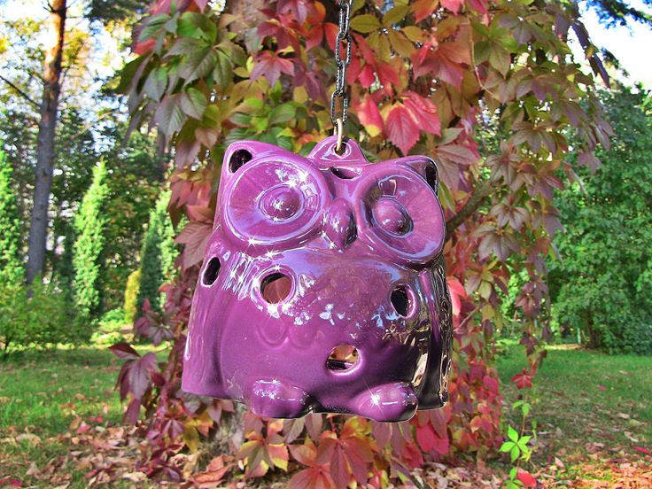 Ceramic purple owl can be used inside and outside. Place a small candle inside the owl and a romantic atmosphere is guaranteed.