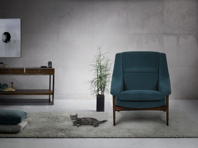Kunst Möbel | Designer Möbel | Messing Beistelltisch | Modernes Design | Minimalismus Design | Minimalist Decor | Luxus Möbel | Samt Sessel | Pantone Farben | Einrichtungsideen | www.brabbu.com