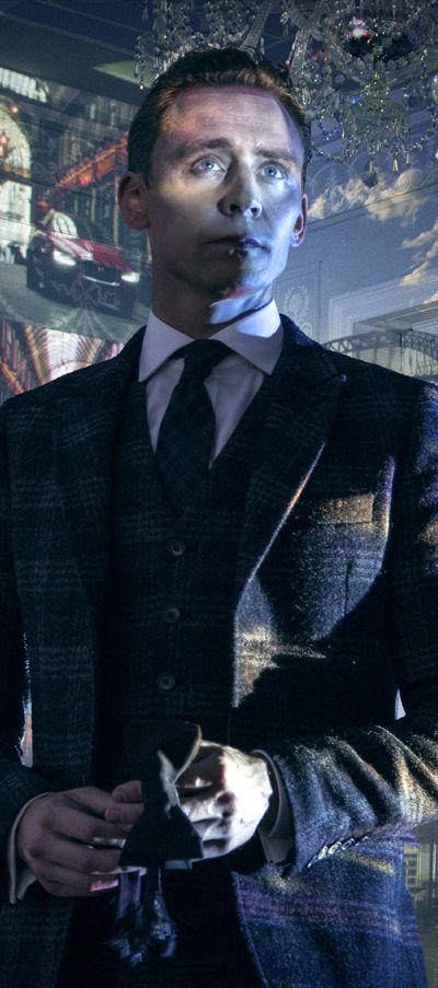 Tom Hiddleston for Jaguar. Full size photo: http://i.imgbox.com/h12MDM9C.jpg. Source: @Loki_Page https://twitter.com/Loki_Page/status/606481232596078592
