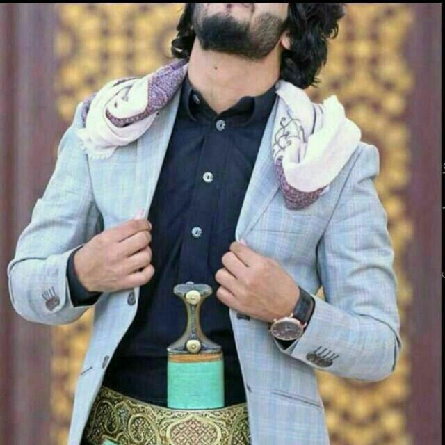 وعلى سبيل الاناقة ابو ثوب وجنبية Style Country Beloved
