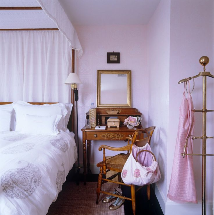 OMG I Want This House East Hampton Photos Pale Pink BedroomsBedroom