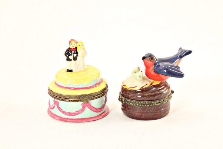 Miniature Ceramic Boxes, Hinged Miniature Ring Boxes, Vintage Hinged Ceramic Box, Hinged Mini Trinke #etsy #vintage #etsygifts