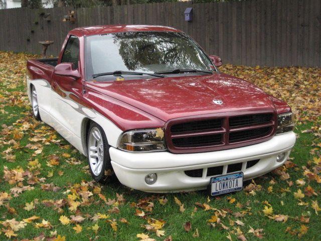 dodge dakota race truck - Google Search Dodge Dakotas jacked and