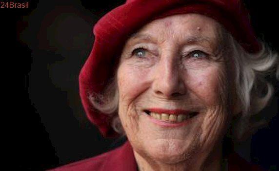 Cem anos : Cantora de sucesso na 2ª Guerra lançará álbum