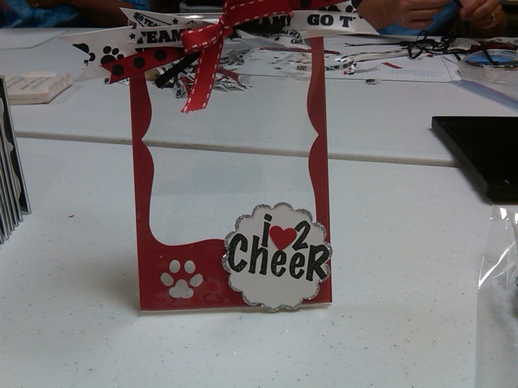 Cheerleading Picture Frames - What an adorable idea for our lil Cheer Cats!