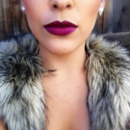 matte M.A.C lipstick in Diva.. Gorg! Perfect on most if not all skin tones