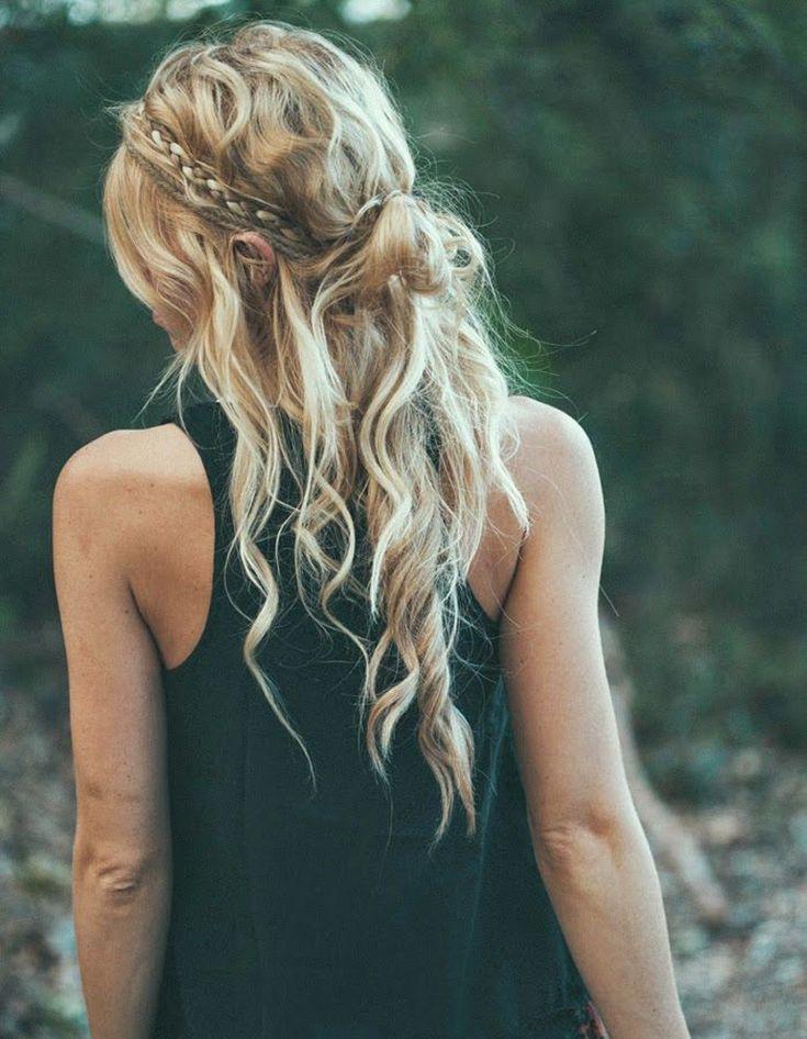 Coiffure cheveux bouclés frisés automne-hiver 2016