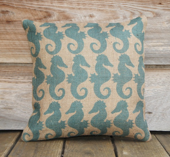 seahorse burlap.Pillows Covers, Seahorses Nautical, Beach Cottages, Accent Pillows, Nautical Pillows, Burlap Pillows, Teal Seahorses, Feeding Sack, Coastal Throw