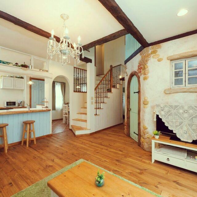 yuriさんの、カフェインテリア,ドア,いつもいる場所,無垢の床,カフェコーナー,照明,カフェ風,フレンチカントリー,メルヘンカントリー,カントリー,ナチュラルインテリア,フレンチナチュラル,吹き抜け,ベストショット,部屋全体,のお部屋写真