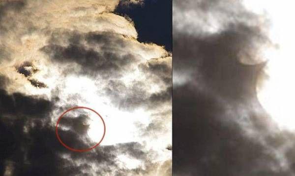 Летающий скат в небе попал в объектив фотографа в США http://actualnews.org/nauka/190186-letayuschiy-skat-v-nebe-popal-v-obektiv-fotografa-v-ssha.html  В США фотографу удалось запечатлеть в небе летающего ската. По словам автора уникального снимка, странный объект попал в объектив его камеры 30 июля в штате Пенсильвания.