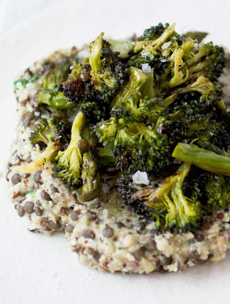 A week of breakfasts: 6-Grain Hot Cereal with Greens and Scrambled Eggs #recipe   purely elizabeth