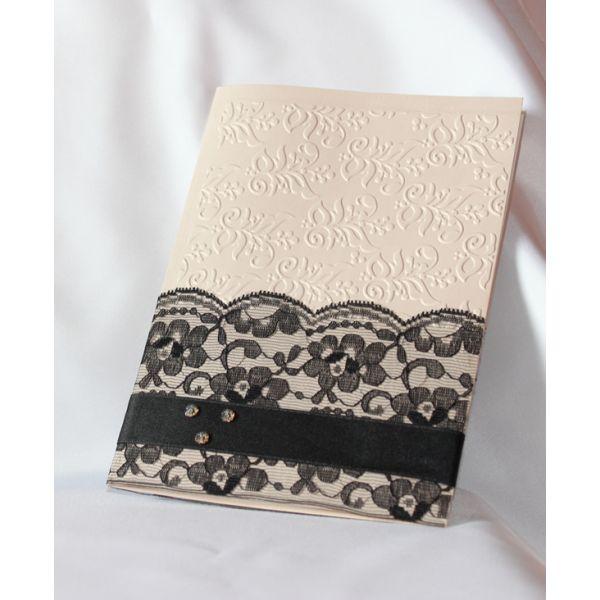 Invitación de boda en color rosa palo metálico, con relieve, toque vintage con encaje negro y ...
