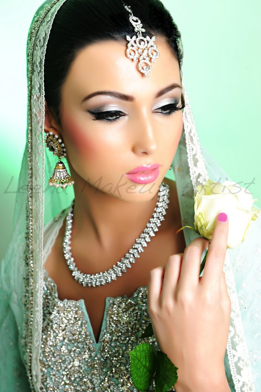 Crazy Wedding Makeup : 926 best images about indian woman on Pinterest Indian ...