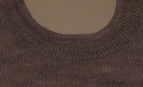 Necklines for Singlebed Knitting Machines