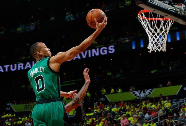 See tonight's #NBA live streams.