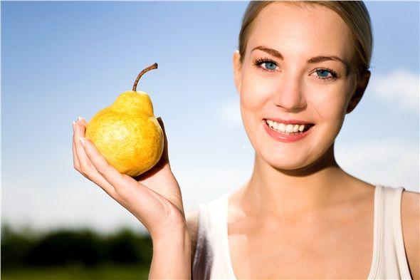 ARMUT: Armudun içinde A, B1, B2, B3, B6 ve C vitaminleri bulunur. Bu meyve yemeklerden önce yenmelidir. Armut kandaki üre asidi ve üre tuzlarını dışarı attığından, böbreklerin düzenli çalışmasına yardımcı olur. Su söktürücü ve doyurucu etkisinden dolayı rejimde ve diyetlerde acıkma hissini bastırır.