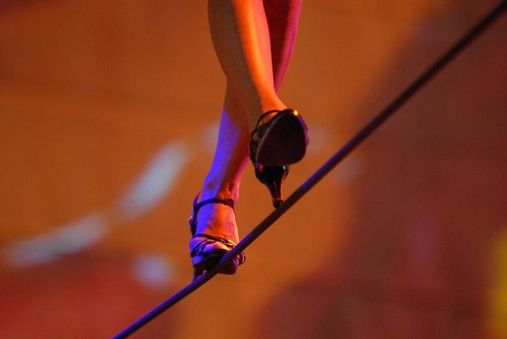 (25/01/13) Tiró del hilo, desnudó su alma y así fue como se hizo equilibrista de la vida. #cuentuitos a:m