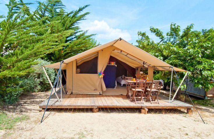 Kijk je ook uit naar je kampeervakantie aan de Franse kust met het gezin? Kijk dan ook zeker bij Camping Domaine Le Midi - een luxe glamping in de Vendée!
