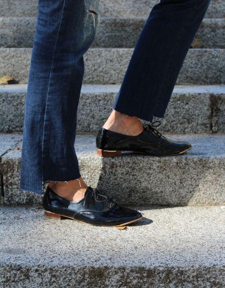 Zapatos charol y chaqueta brillos zara. Bolso saco mango