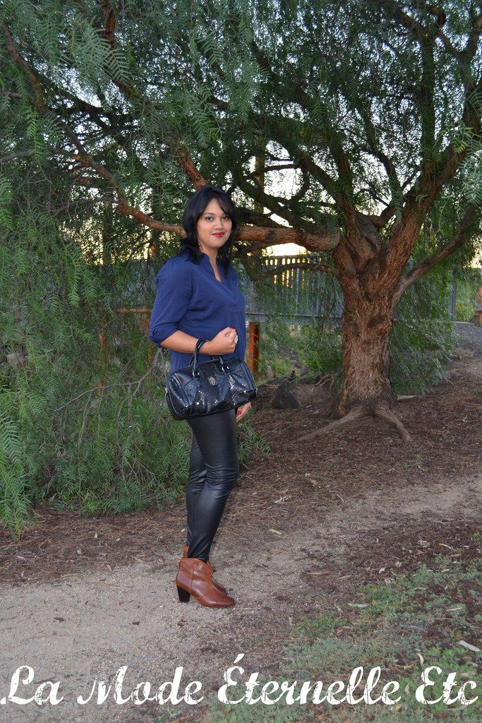 La Mode Éternelle Etc: Fall Outfit Ideas: Blue and Black