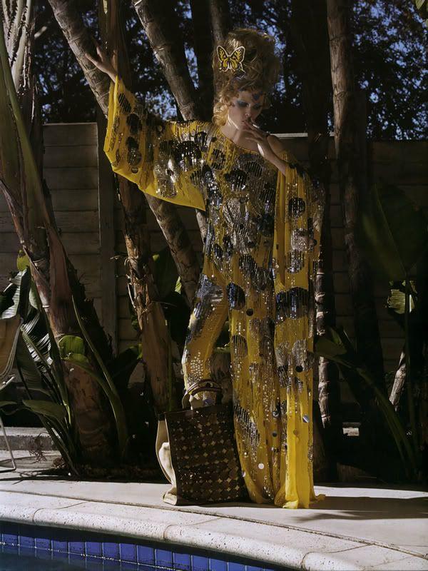Des Sacs de Jour by Mark Segal Featuring Lara Stone From Vogue Paris March 2007