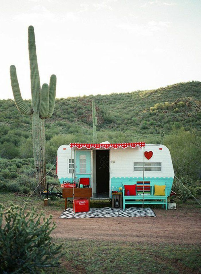 les 25 meilleures id es concernant caravanes vintage sur pinterest camping vintage caravanes. Black Bedroom Furniture Sets. Home Design Ideas