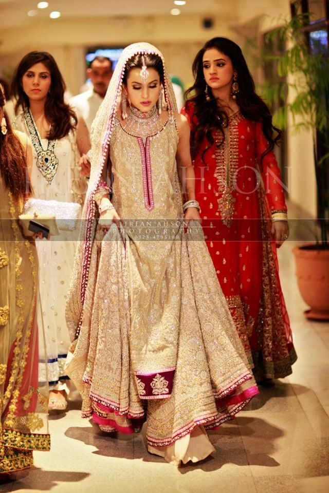 pakistani bridal- can i do that to you in future? :) @Seema Persaud Persaud Persaud Mahmood