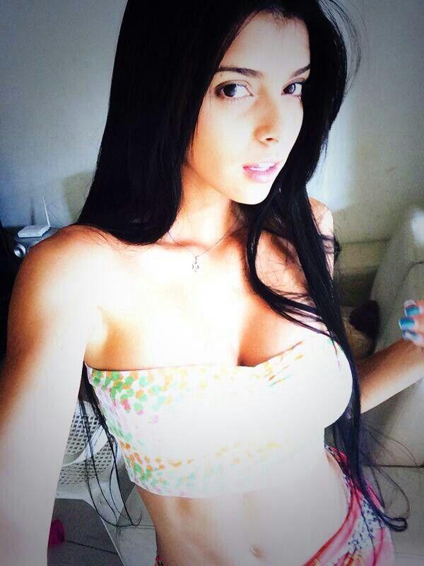 Isabella Obregon   Strapless top, Women, Crop tops