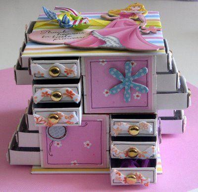 Paper Tree: Matchbox craft...so darn cute