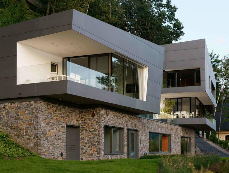 Villa by the Lake   AT