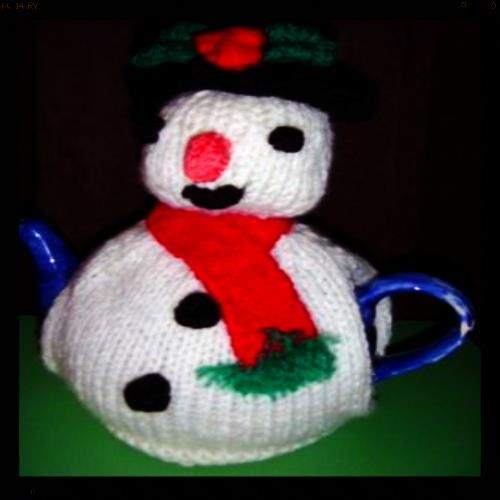 63 best All things tea cosies Christmas pudding images on Pinterest Christm...