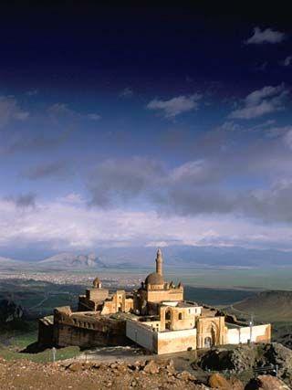 The Palace of Isak Pasa, Begun in 1685, Dogubeyazit, Armenia, Anatolia, Turkey