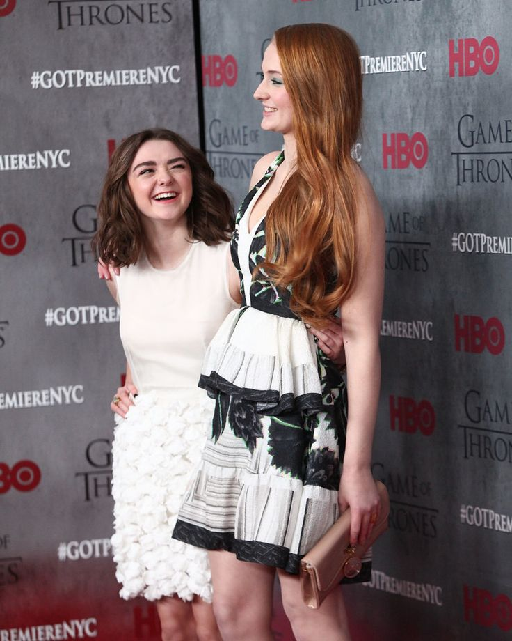 Game of Thrones Costars Sophie Turner and Maisie Williams Are the Cutest BFFs | POPSUGAR Celebrity UK