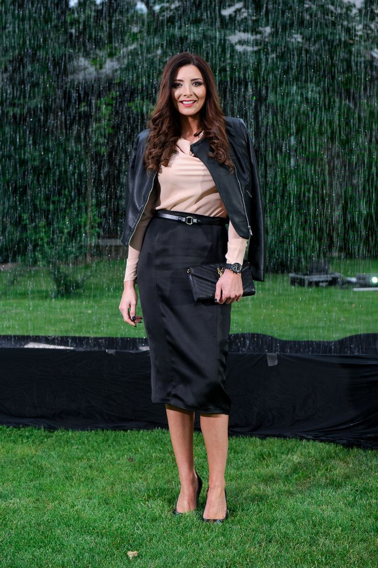 Ilinca Obadescu wearing http://shop.laurahincu.ro/product/office/black-duchesse-silk-satin-pencil-skirt/
