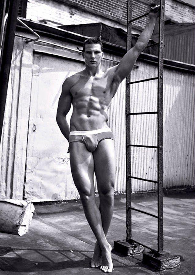 Hot White Men Naked