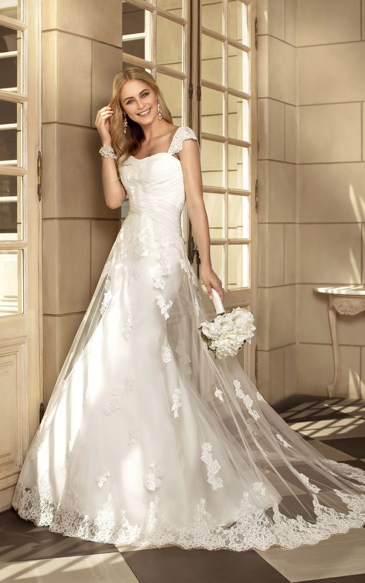 Stella York 5791 Available At Cc S Boutique Tampa Http Www Tampabridals Designer Wedding Dresseswedding