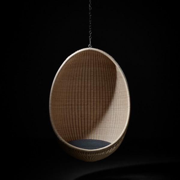 17 best ideas about hanging egg chair on pinterest egg for Diy hanging egg chair