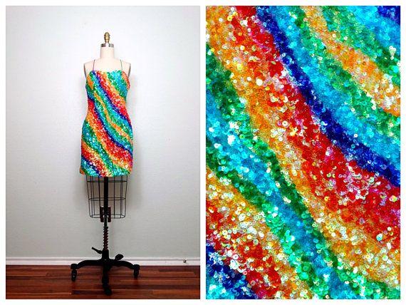Abito di paillettes luminoso arcobaleno / / Bold Art Deco vestito / / Design asimmetrico paillettes vestito da partito