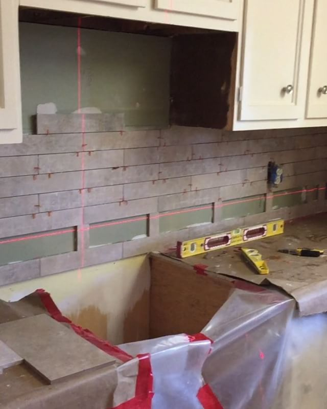Moving along with this custom kitchen in #montereyca #montereypeninsula #custom #kitchen #stabila #porcelaintiles #tiles #tile #stone #glassmosaic #mosaics #architect #design #designer #home #kitchenremodel #hdtv #diy #construction #contractor #customhomes #homebuilder #renovation #remodel #interiordesign #customtile #fabrication #kitchendecor #generalcontractor #montereylocals - posted by American Tile Company https://www.instagram.com/american_tile_company_ - See more of Monterey, CA at…
