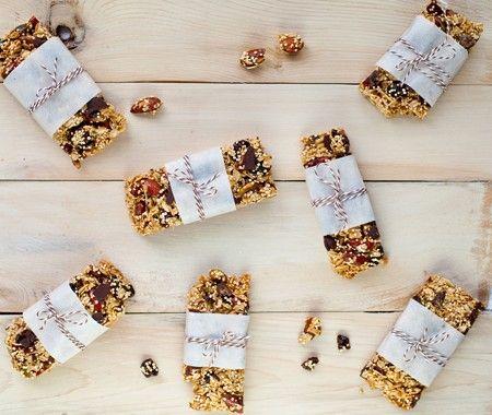 Recette : barres de quinoa aux cerises et au chocolat