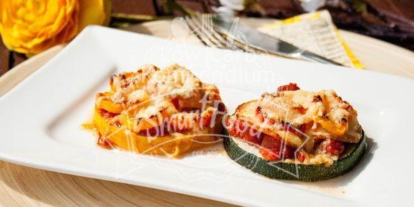 Low Carb Zucchini-Mini-Pizza (Zucchini-Piccolinis)