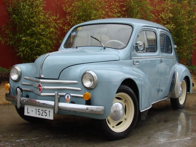1958 Renault 4/4 4cv made in Spain by FASA-Renault                                                                                                                                                     Más