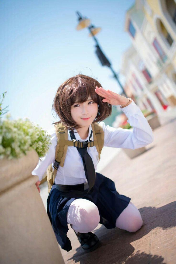 Muscle young girl cosplay