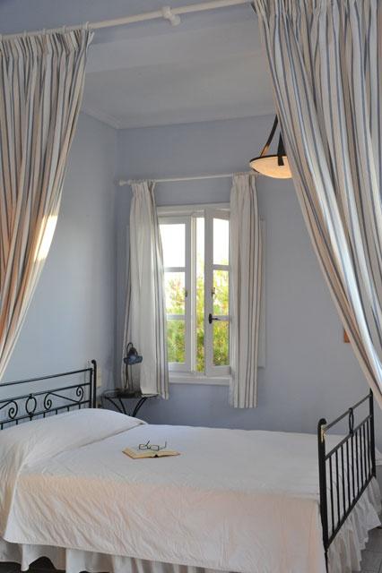 Pantheon Villas Santorini - Romantic Maisonette bedroom