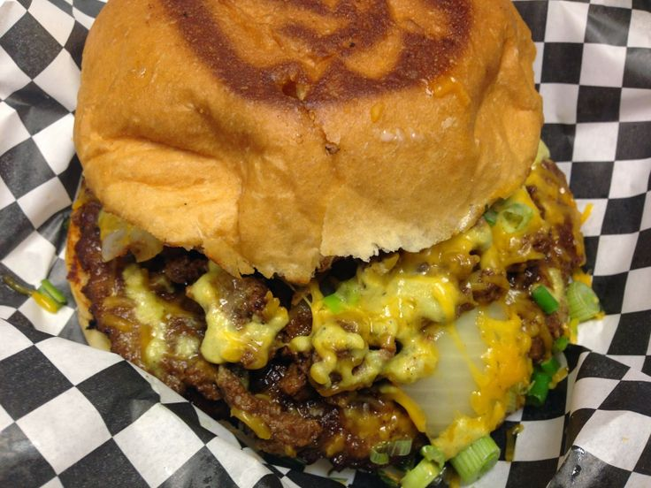 Houston Food Truck Reviews: Foreign Policy Truck - Mexico Burger