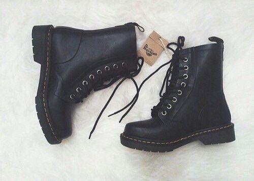 Výsledek obrázku pro autumn shoes weheartit