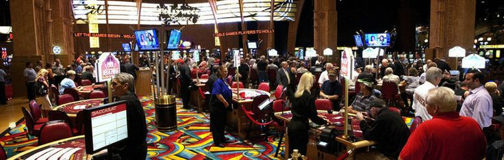 Hollywood Casino's slots floor (Penn National Racecourse).
